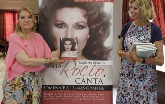 La familia de Rocío Jurado conoce en primicia Canta, Rocío, Canta